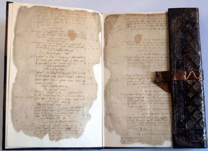 Registro del XV secolo con iscrizione dei canoni enfiteutici pagati all'Abbazia di Nonantola e al Vescovado di Bologna